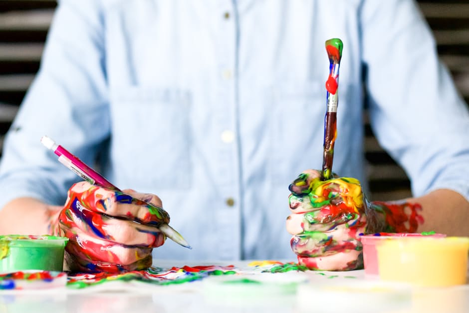 multimedia arts course schools: messy hands
