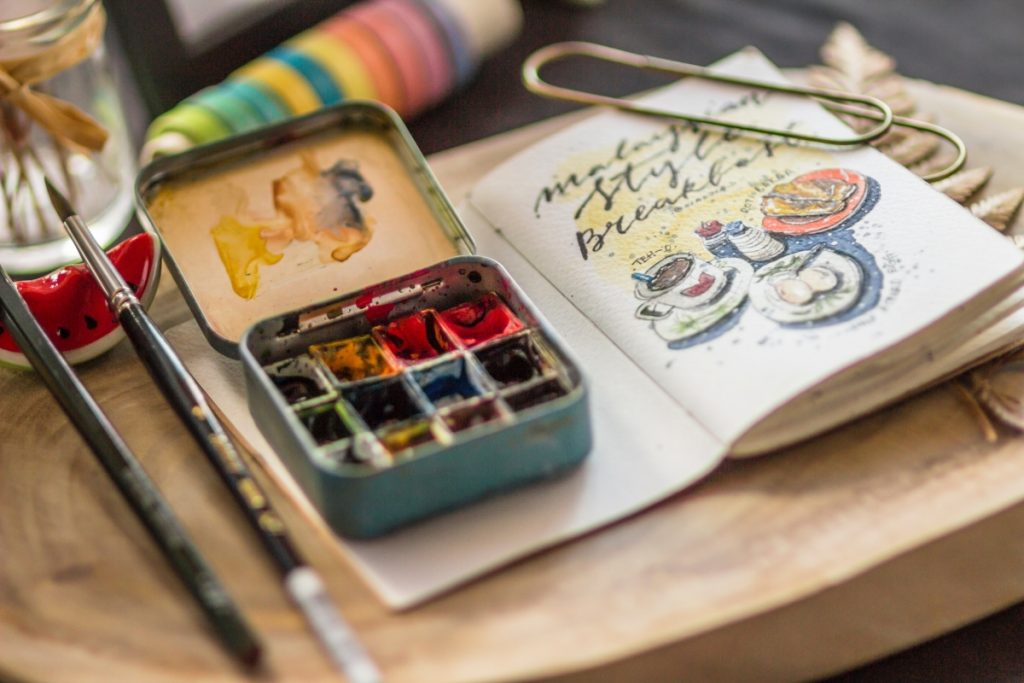 Art materials necessary for arts and design track course