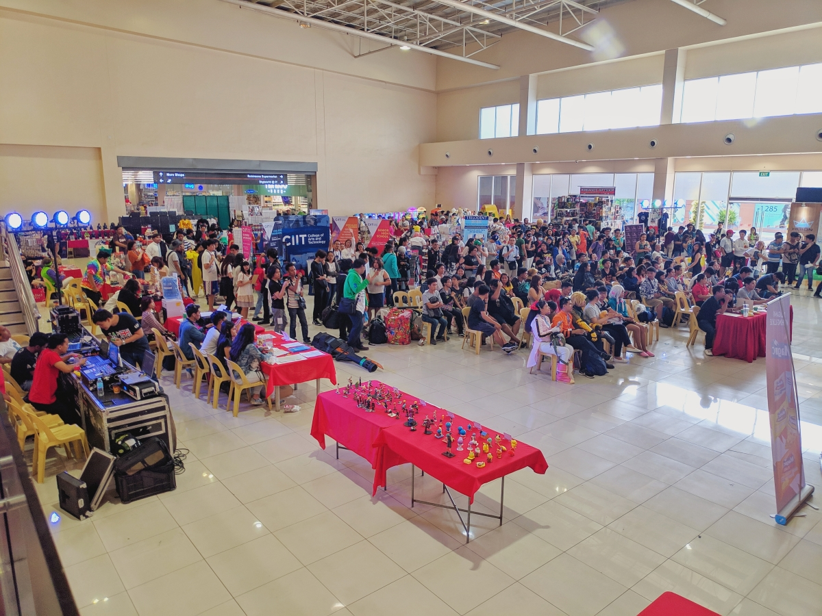 CIIT students participating in Pinoy Otaku Festival 2019