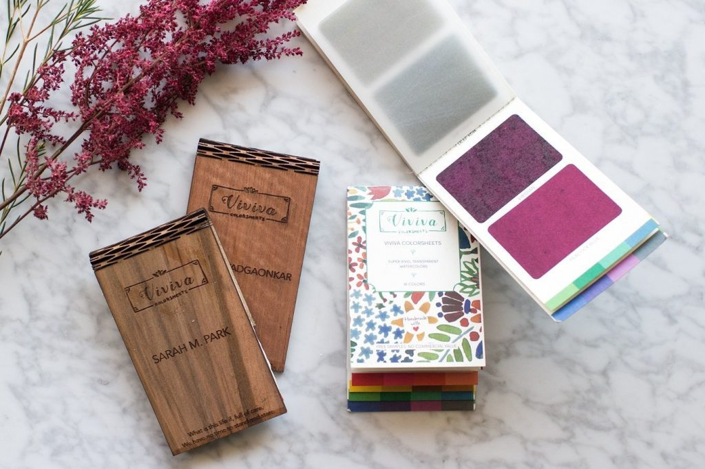 Watercolor sheets and personalized wooden cases as best gifts for artists