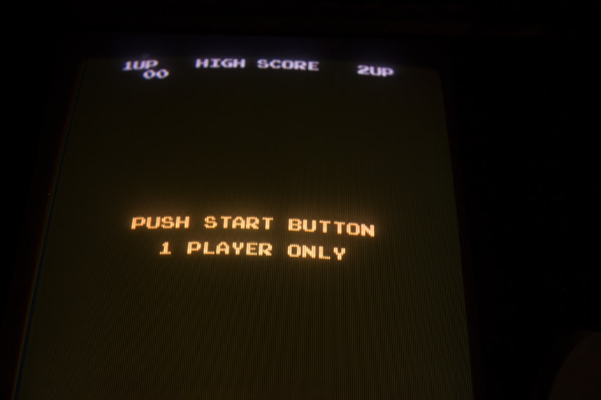 Game start screen to show when to study gamification