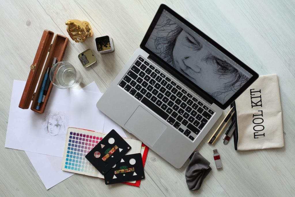 Graphic design materials prepared for the next online school enrollment